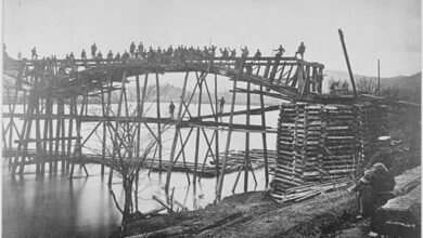 Military bridge constructed over the Tennessee River, 1863